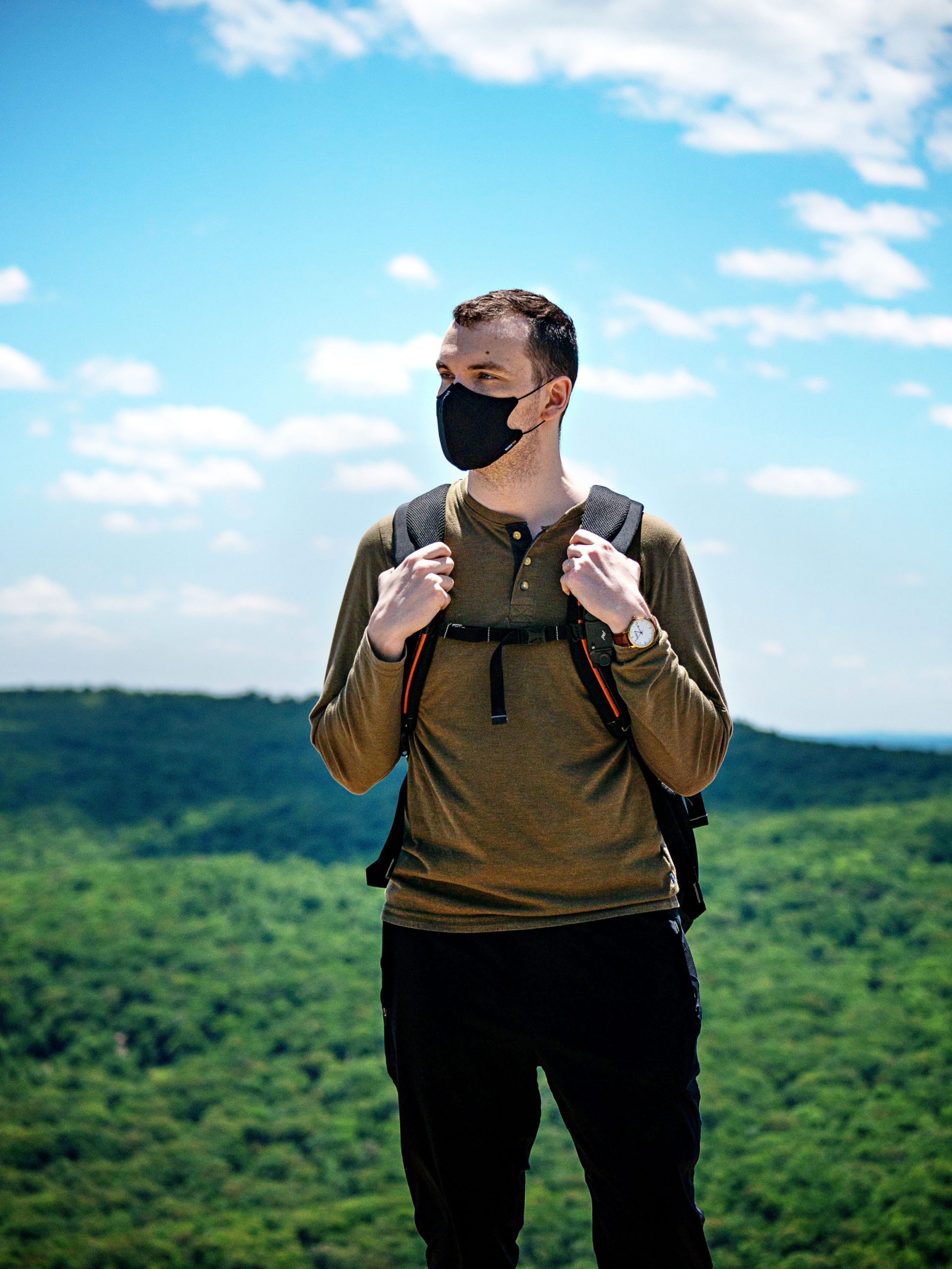 nanofit-on-a-hike_outdoors2
