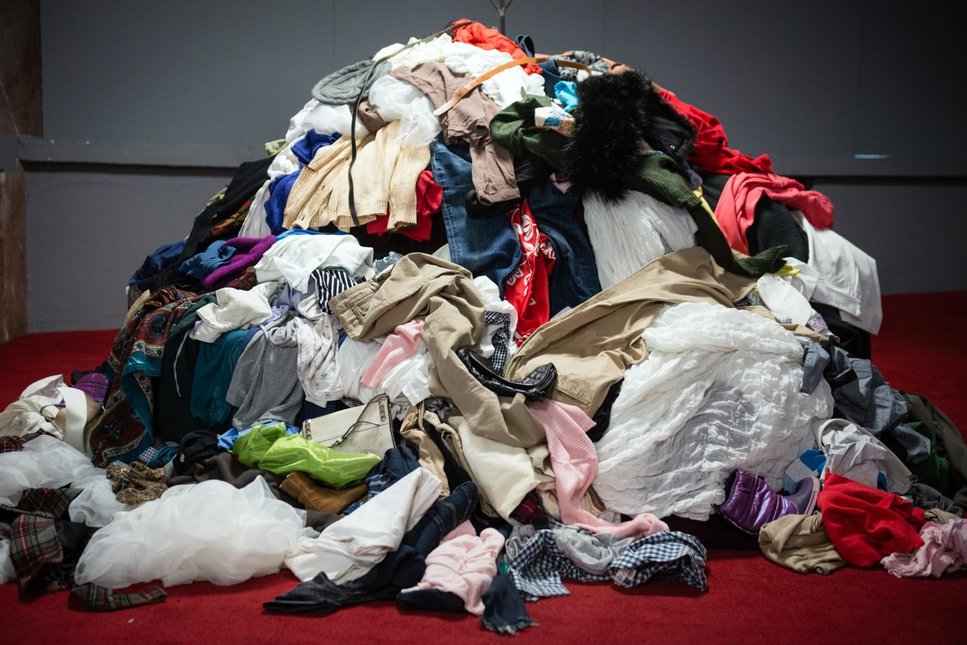 pile-of-clothes